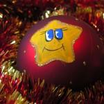 весела новорічна іграшка