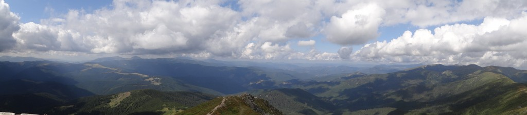 Панорама з Попа Івана (Чорногірського)